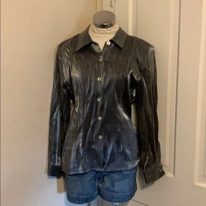 Shiny pewter button down size medium